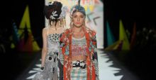 New York Fashion Week: Desigual présente le Printemps Eté 2016
