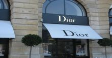 Dior sort une collection de tatouages temporaires en or