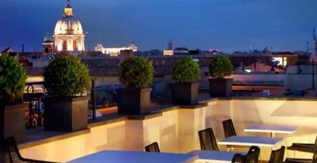 The first luxury art un hotel 5 toiles rome for Hotels 5 etoiles